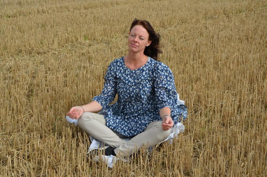 meditation-1063449_1920.jpg